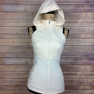Lululemon Womens Size 4 Kanto Catch Me Hooded Vest